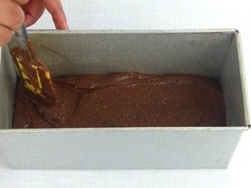 09_167_Three layer chocolate cake