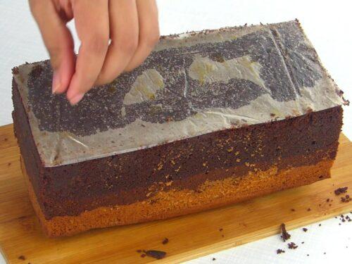14_167_Three layer chocolate cake